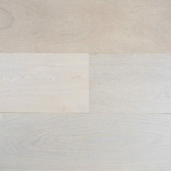 Eng Wire Brushed Oak Wide Plank Whitler Oak